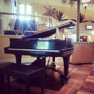 A Piano!