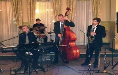 5 Star Wedding Band