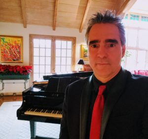 Holiday Pianist Reviews